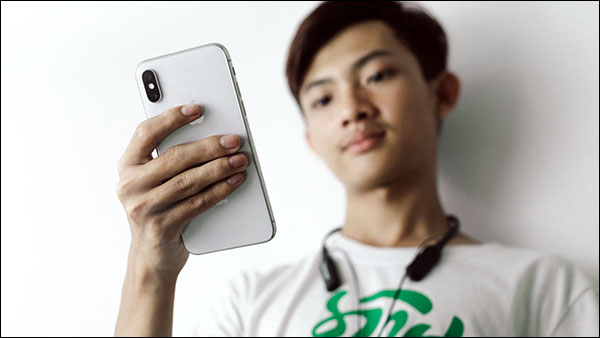 Smartphone recovery struggles in Southeast Asia